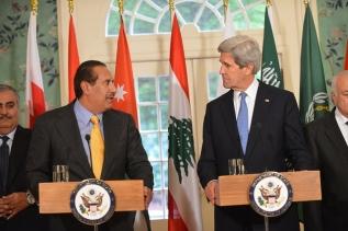 Jassim al-Thani e John Kerry durante entrevista coletiva. Foto: Departamento de Estado dos EUA